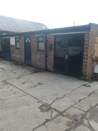 Thumbnail Commercial property to let in The Pavilion, High Street, Waltham Cross