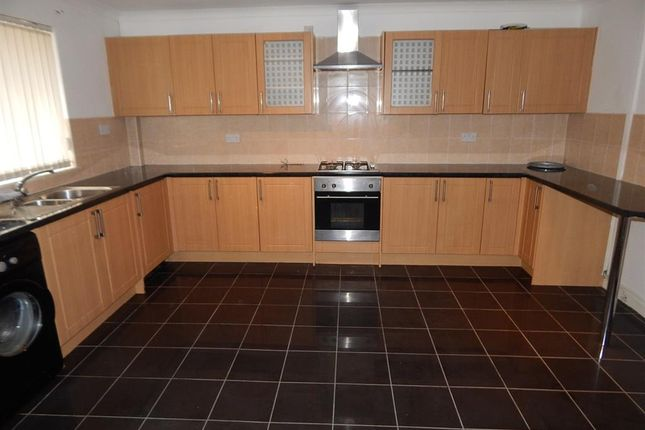 Thumbnail Flat to rent in St Lukes Road, Pontnewynydd, Pontypool