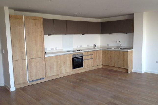 Thumbnail Flat to rent in Ringers Road, Bickley, Bromley, Kent