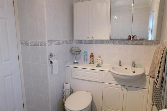 Bathroom A of Kingfisher Drive, Beacon Park Home Village, Skegness PE25