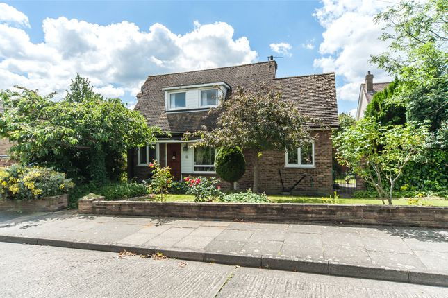 Thumbnail Detached house for sale in Heath Road, Bexley, Kent