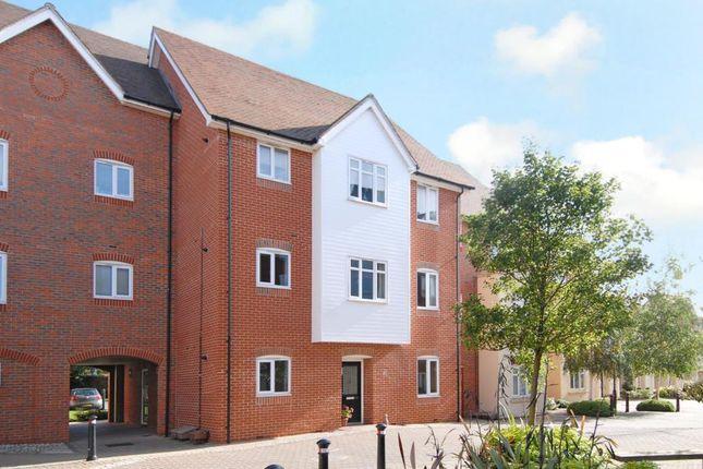 Thumbnail Flat for sale in Penlon Place, Abingdon-On-Thames