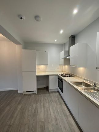2 bed flat to rent in Whitstable Road, Faversham ME13