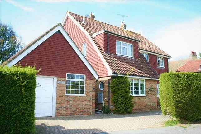 Thumbnail Detached house to rent in Oak Grove, Loxwood, Billingshurst