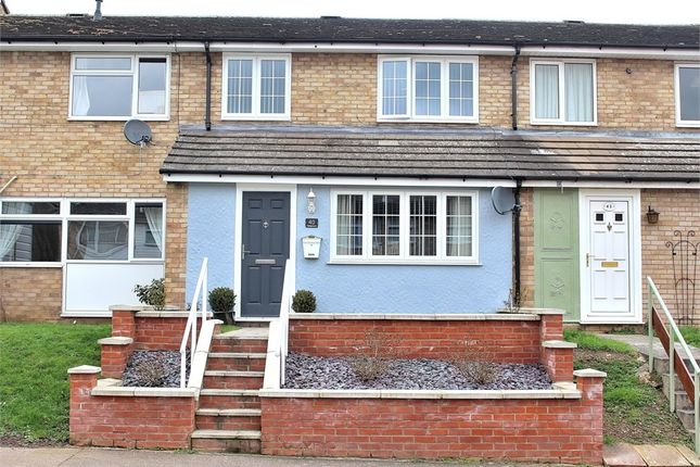 Thumbnail Terraced house for sale in Waldgrooms, Dunmow