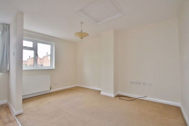 Thumbnail Flat to rent in Wilmott Way, Basingstoke