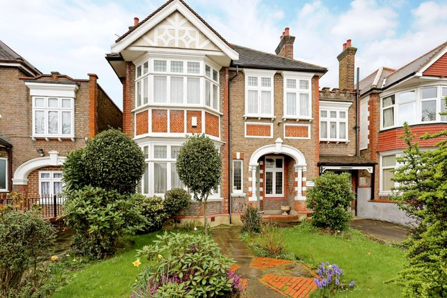 Thumbnail Property to rent in Gunnersbury Avenue, London