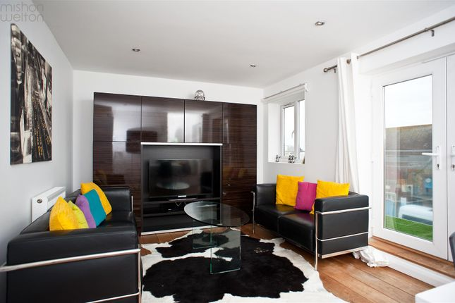 Thumbnail Flat for sale in St. Aubyns Road, Portslade, Brighton