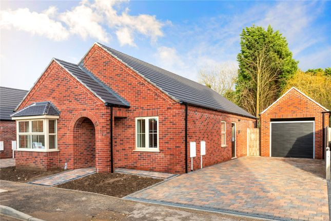 Thumbnail Detached bungalow for sale in Dickinson Road, Heckington, Sleaford, Lincolnshire
