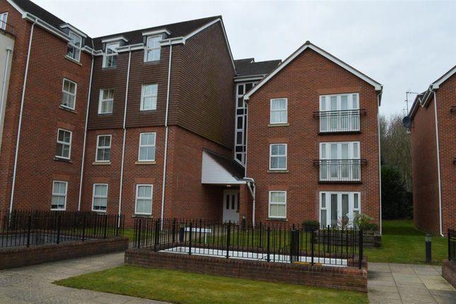 Thumbnail Flat to rent in Birch Meadow Close, Warwick