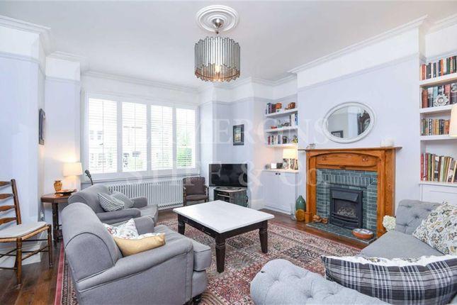2 bed flat for sale in Grosvenor Gardens, Willesden Green