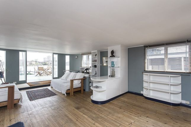 3 bed houseboat for sale in Cheyne Walk, London