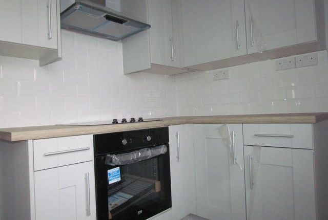 Thumbnail Flat to rent in Queensmead, Longbridge Road, Barking