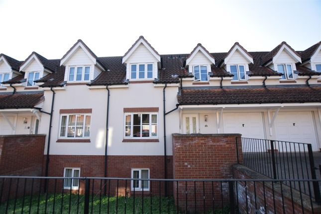 Thumbnail Town house to rent in Thacker Way, Norwich