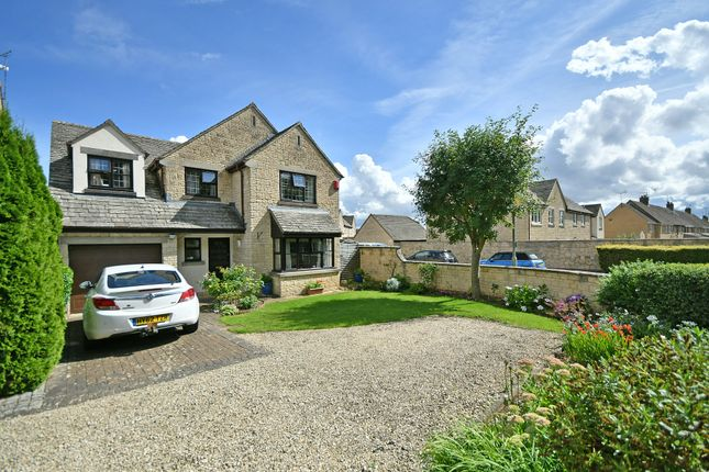 Thumbnail Detached house for sale in Leafield Road, Fairford