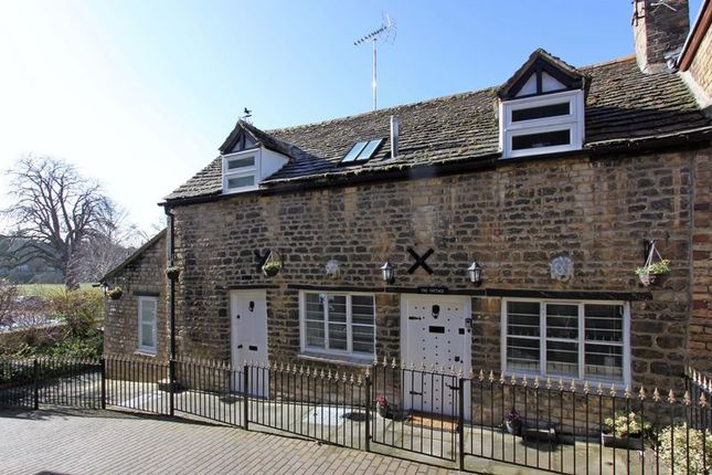 Thumbnail Cottage to rent in Olde Barn Passage, Stamford