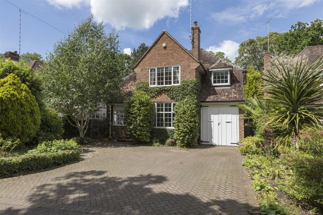 Thumbnail Detached house for sale in Myton Road, Warwick