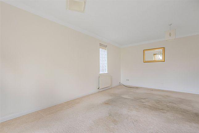 Picture No. 07 of Fernhill Place, 320 Tubbenden Lane South, Farnborough Village, Kent BR6