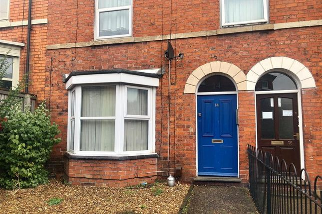 Thumbnail Flat to rent in Albion Place, Grantham