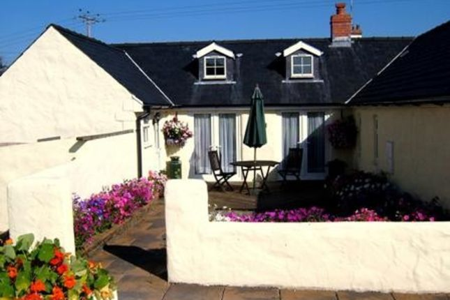 Thumbnail Cottage to rent in Cowslip Cottage, Lillimoor Farm, St Florence, Tenby