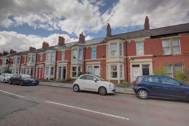 Thumbnail 3 bedroom flat for sale in Newlands Road, High West Jesmond, Newcastle Upon Tyne