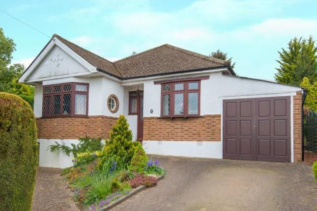 Thumbnail Bungalow for sale in Sutherland Way, Cuffley, Potters Bar, Hertfordshire