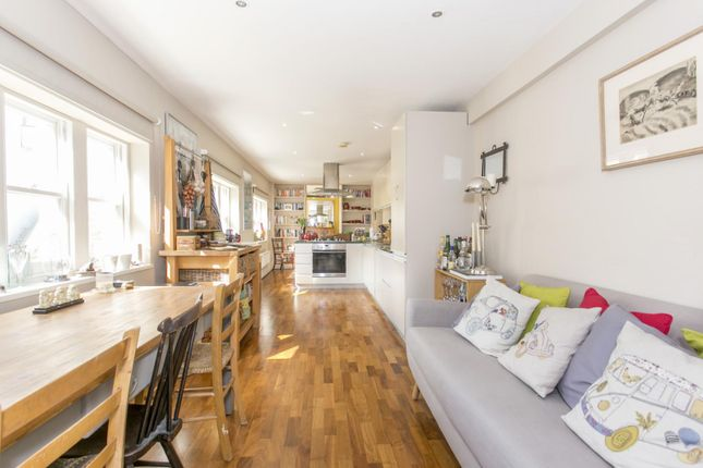 Thumbnail Flat to rent in Ryland Road, London