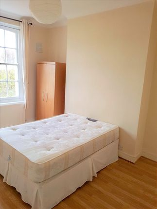 Thumbnail Flat to rent in Mildmay Grove South, Islington