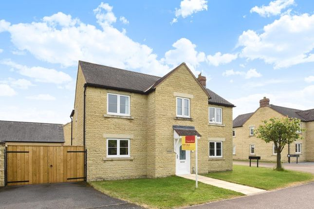 Thumbnail Detached house for sale in Barley Crescent, Carterton
