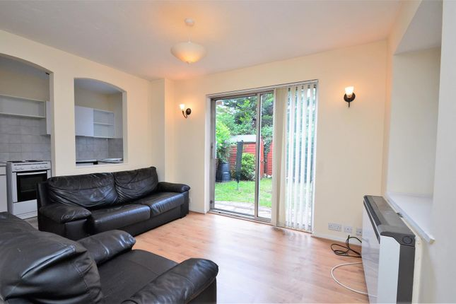 Living Room of Kingston Lane, West Drayton UB7