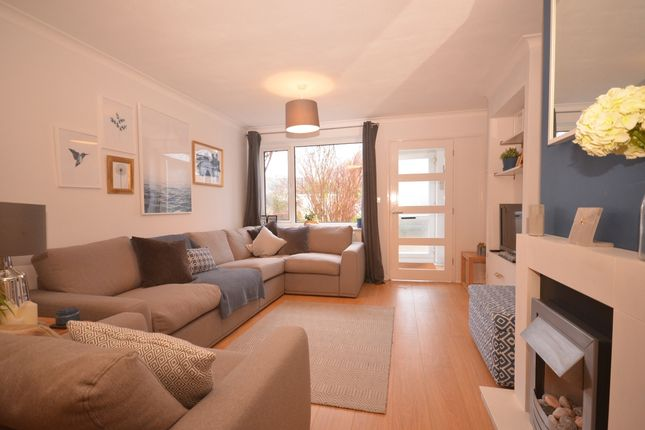 Thumbnail Terraced house to rent in Clare Gardens, Petersfield