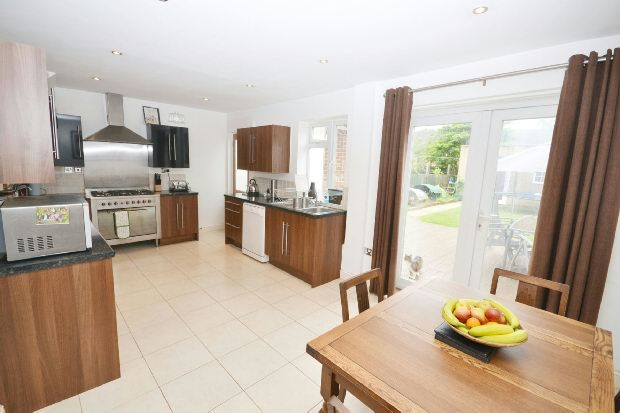 3 bed semi-detached house for sale in Alders Avenue, Woodford Green