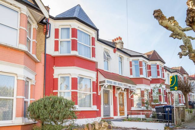 Property for sale in Bow Lane, North Finchley, London