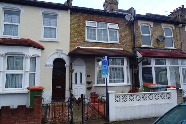 Thumbnail Terraced house for sale in Kingsland Road, London