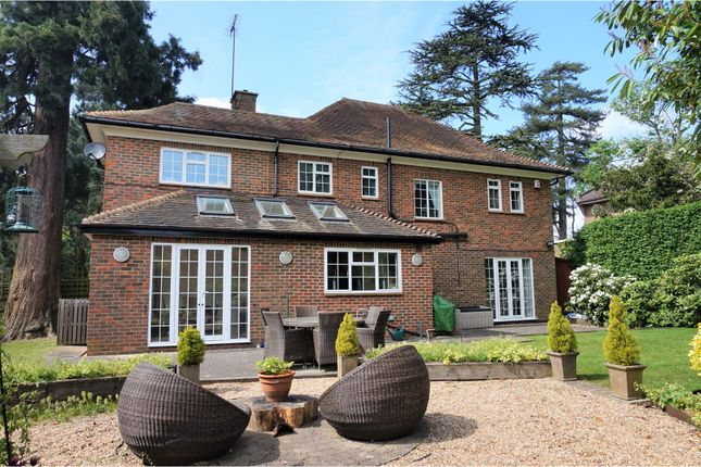 Thumbnail Detached house for sale in Warren Road, Bushey