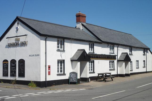 Thumbnail Pub/bar for sale in Stibb Cross, Torrington