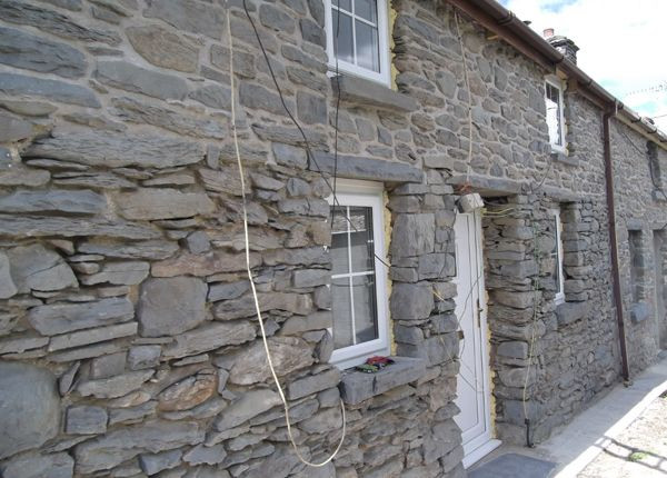 Thumbnail Cottage to rent in Ivy Bush, Llanddewi Brefi, Tregaron, Ceredigion, West Wales