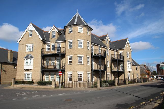 Thumbnail Flat to rent in Salisbury Avenue, Colchester