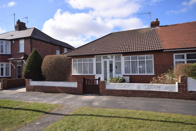 Thumbnail Bungalow to rent in Fifth Avenue, Bridlington