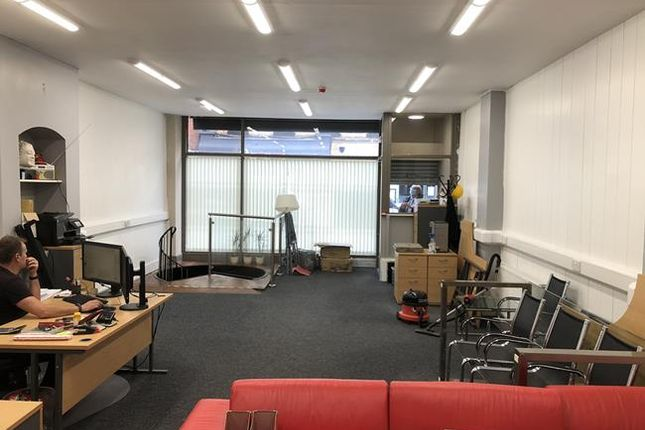 Thumbnail Retail premises to let in 24 The Downs, Altrincham, Cheshire