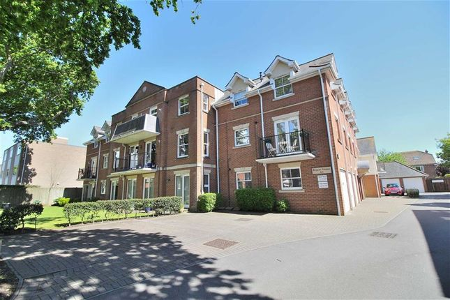 2 bed flat for sale in Lymington Road, Highcliffe, Christchurch