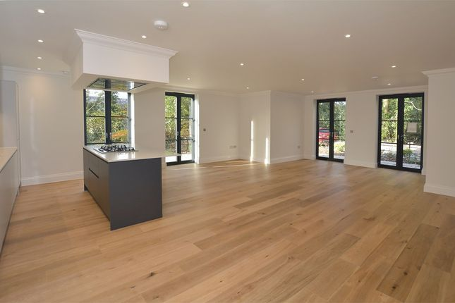 Thumbnail Flat for sale in Bathwick Hill, Bath