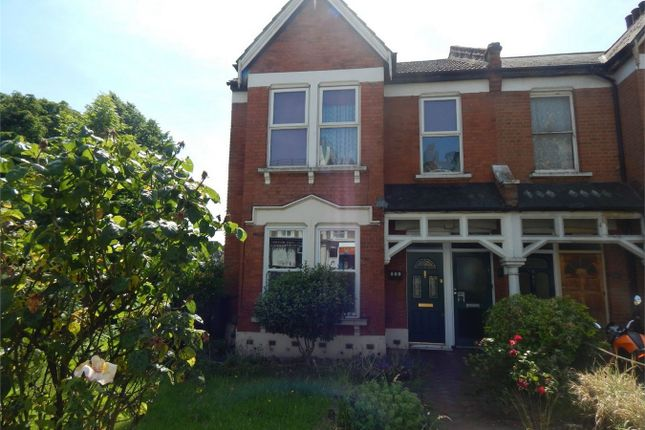 3 bed maisonette to rent in Croydon Road, Anerley, London