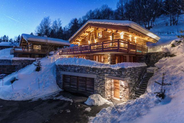Thumbnail Chalet for sale in La Clusaz, Haute-Savoie, Rhône-Alpes, France