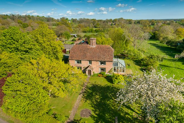 Thumbnail Detached house for sale in Smarden Road, Pluckley