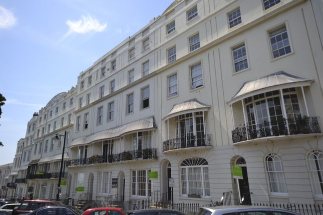 Thumbnail Flat to rent in Wellington Square, Hastings
