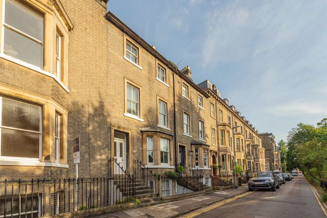 Thumbnail Terraced house to rent in Brookside, Cambridge