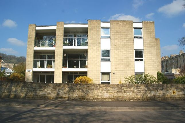Thumbnail Flat for sale in Henrietta Gardens, Bathwick, Bath