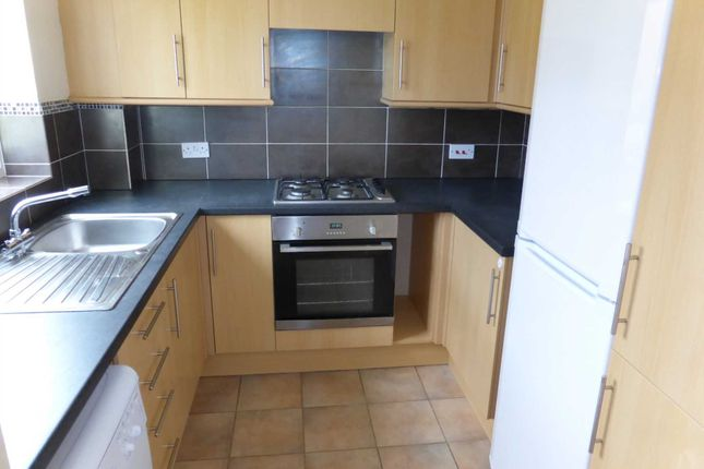 2 bed property to rent in Green Hill, Greater Leys OX4