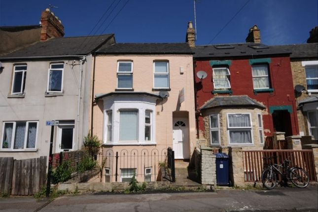 Thumbnail Terraced house to rent in Bullingdon Road, Oxford